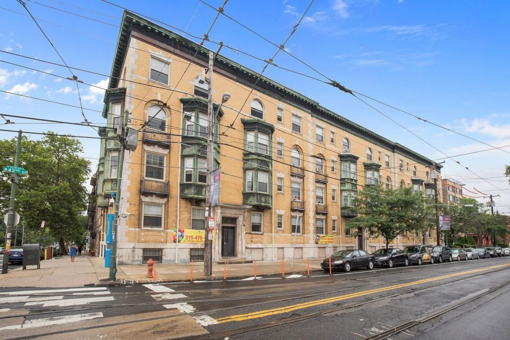 RRA Sells 25 Unit/ 74 Bed Student Housing Property In ...
