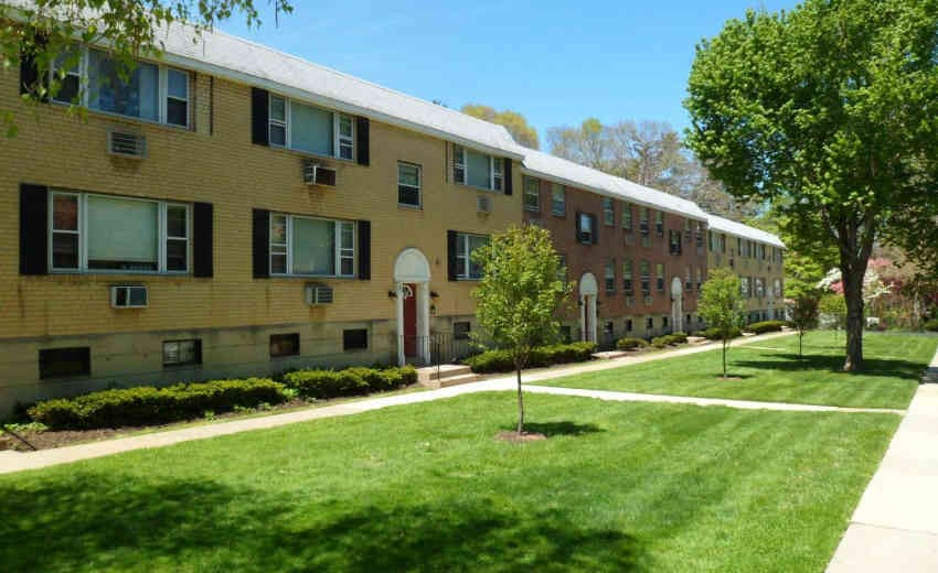 RCA Closes $20,600,000 Refinance for 5 Multi-Family Properties